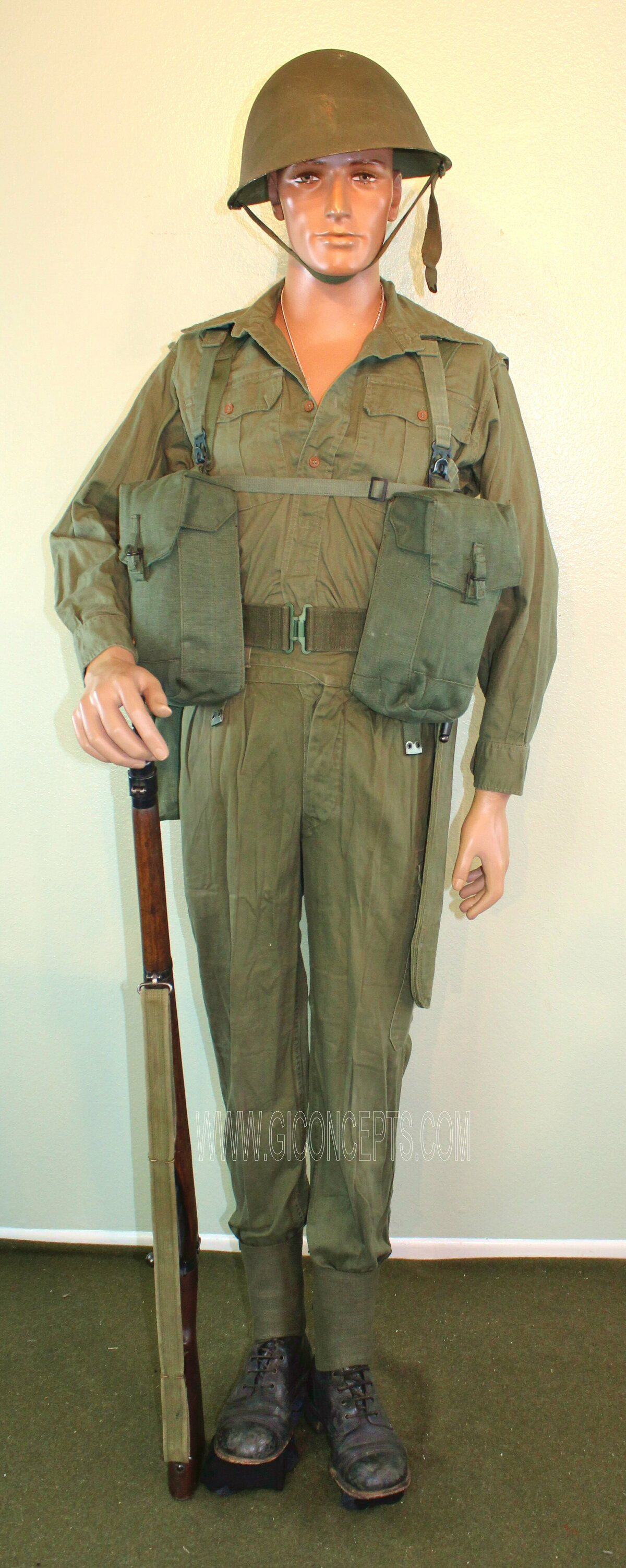 British Army Tropical Uniform P44 Equipment Malaya 1950