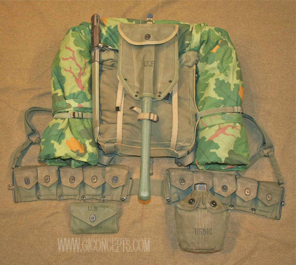 1961 US Marine Corps Field Gear